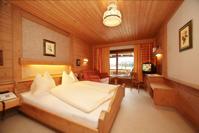 Slaapkamer hotel St Ulrich