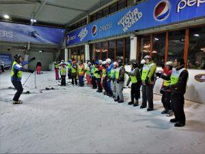 Warming up onderaan piste 3 SnowWorld Zoetermeer