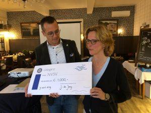 Uitreiking sponsorcheque Rotary Sliedrecht