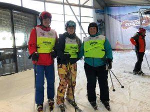 Vera met twee begeleiders - piste 3 SnowWorld
